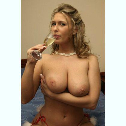 Very sensitive in bed escort Fouzi Gent