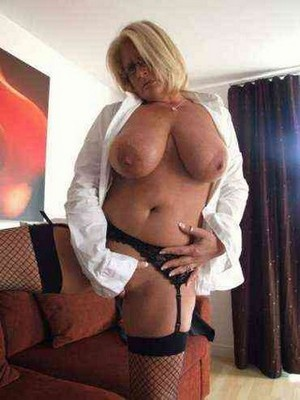 Open minded personality escort Bahat Altendorf