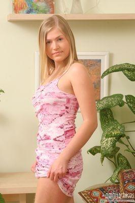 New model in town Filipino escort Annie Berit Antwerp