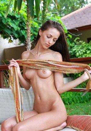 Bbw big boobs Vietnamese escort Emma Anastasia Mons